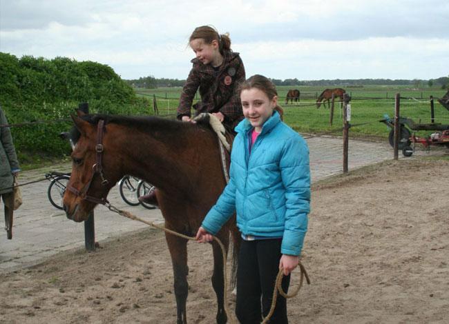 Pony-en-Paard-rijden-2
